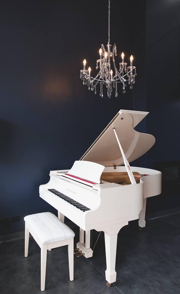 Langdon Hair SALON PIANO